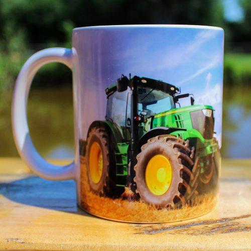 Hrnček - S traktorom