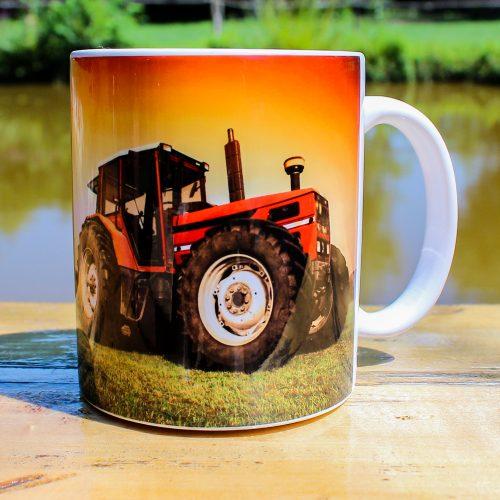 Hrnček - Traktor