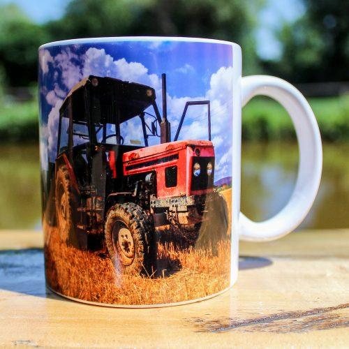 Hrnček - Traktor starší